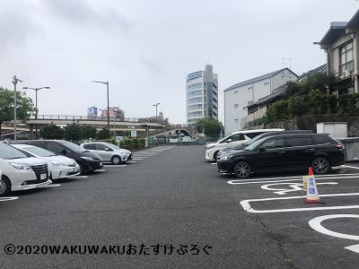 あつた蓬莱軒の駐車場